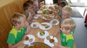 Vitale Vollwertkost – der vegetarische zuckerfreie Kindergarten