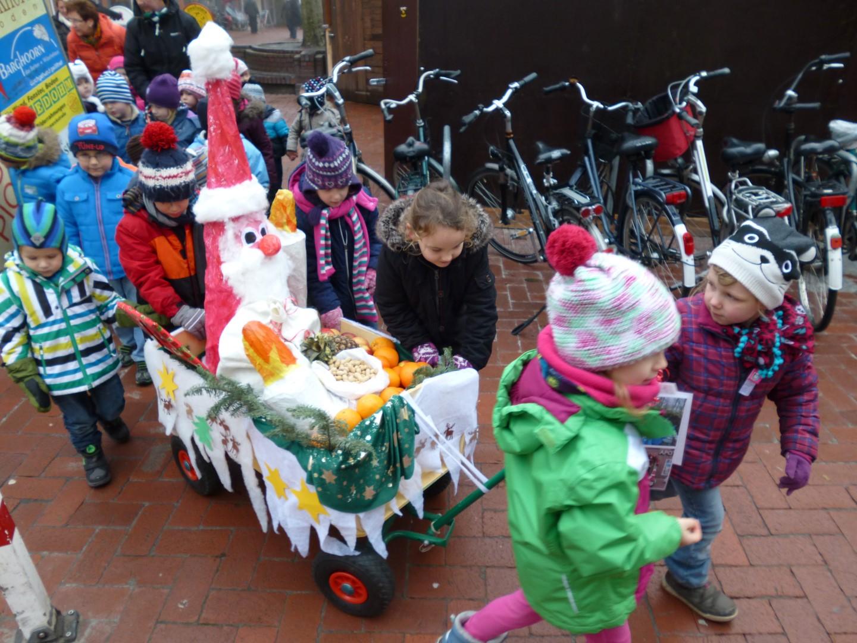 DRK-Kindergarten Am Burgplatz - Nikolausspaziergang (3) (Large)